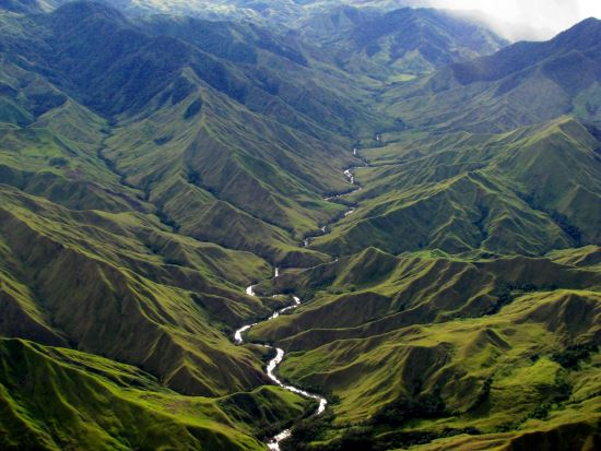 Mountain-River-Papua-New-Guinea